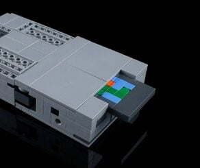 Moko GAMEBOY ROBO Inserting Cartridge 1024x1024