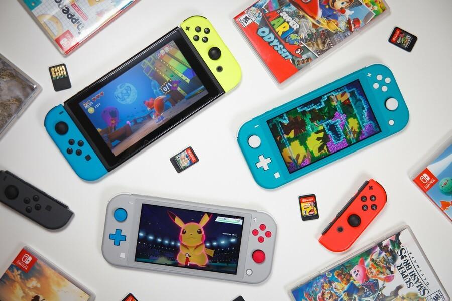 Switch, Lite & Games Flatlay