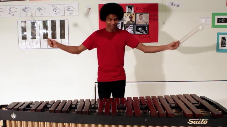Aaron Grooves