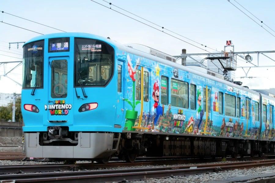 Super Nintendo World Train