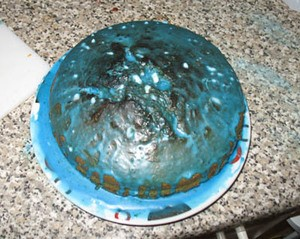 A real Sonic birthday cake baked by one NL admin