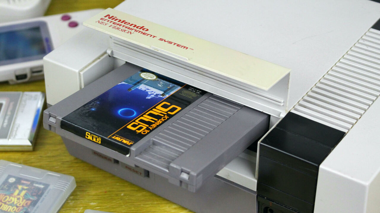 """NES Creator Reveals The """"Shocking"""" Story Behind That Infamous Flap"""