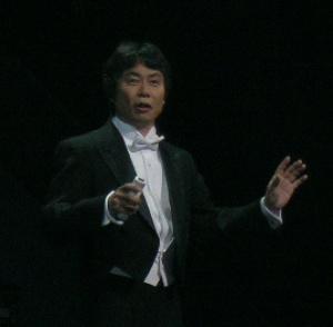 Shigeru Miyamoto playing Wii orchestra