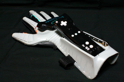 Wii-Power-Glove