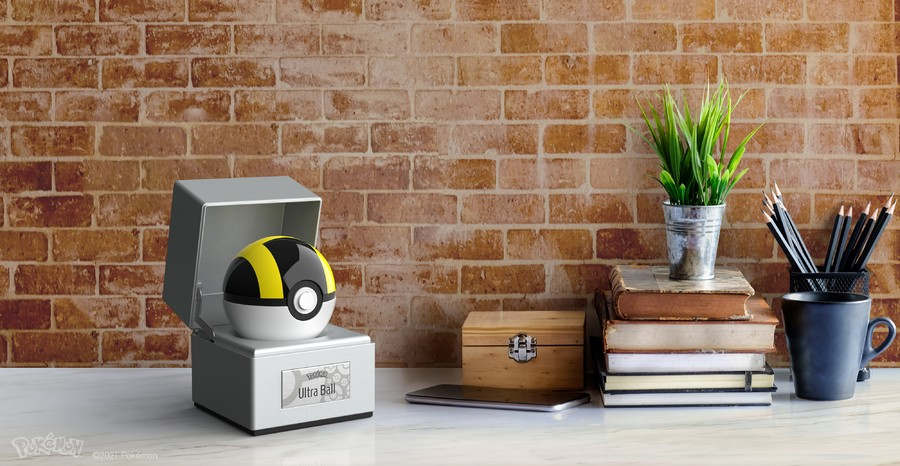 Pokémon Ultra Ball Replica Looks Ultra Fancy