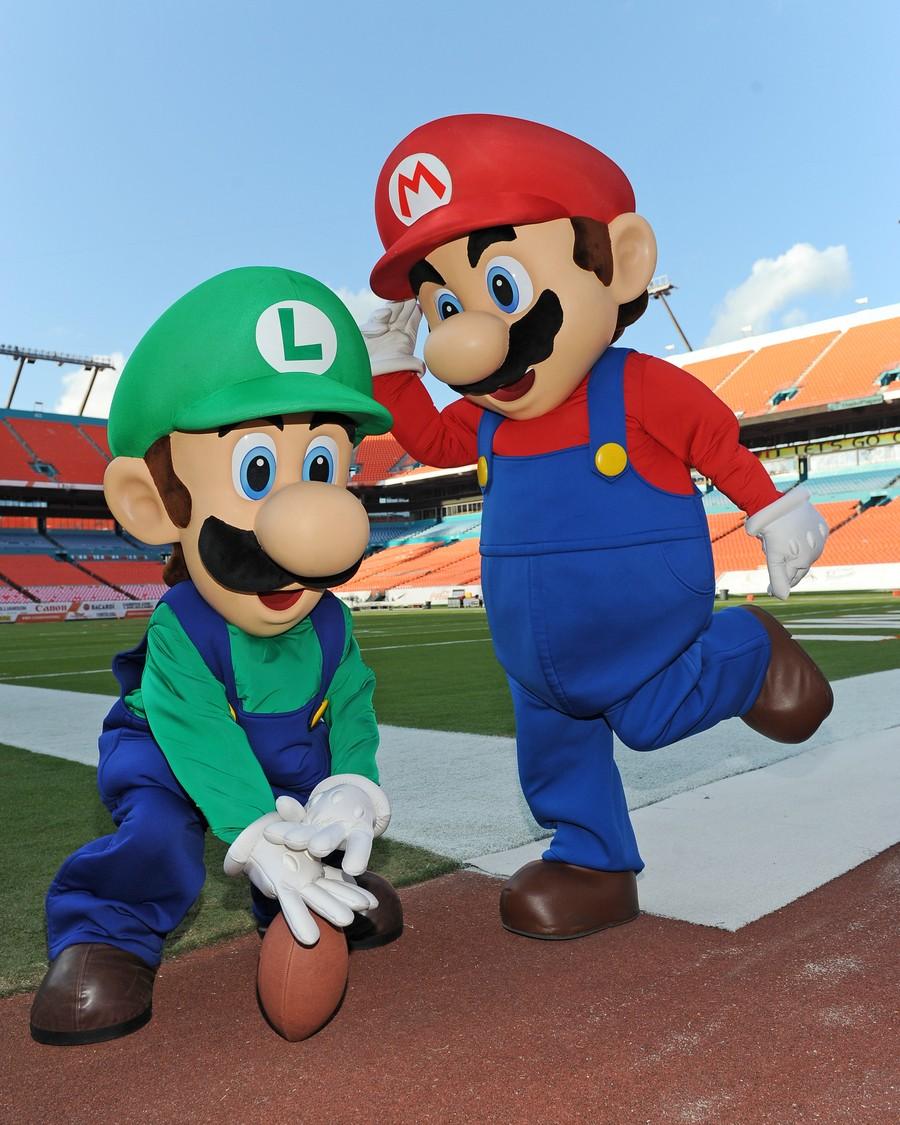 Mario NFL1