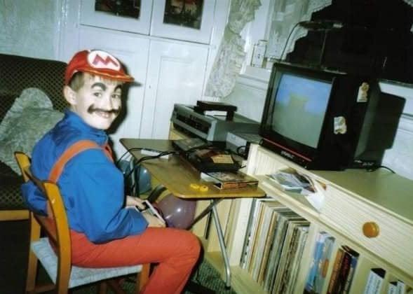 Former Official Nintendo Magazine staffer Chris Scullion, proving his long-standing love of Nintendo