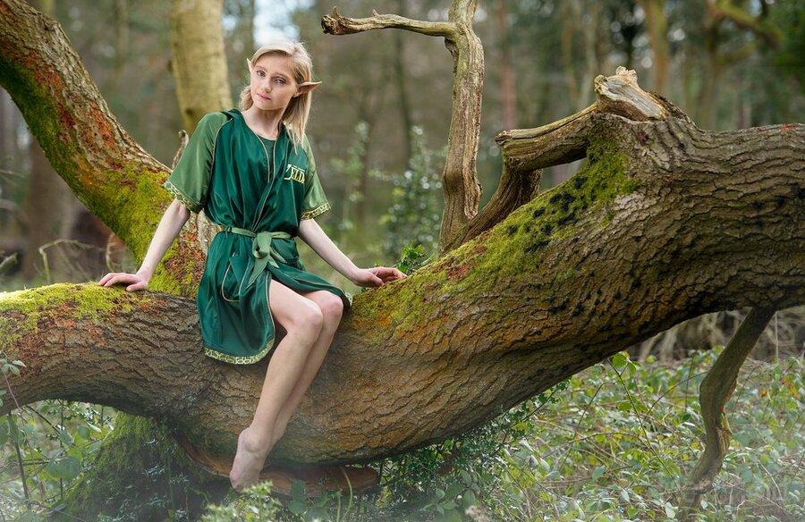 Zelda 'Green Goddess' Ladies Satin Robe