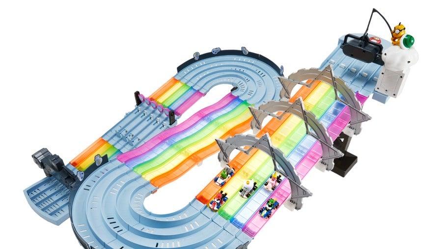 Hot Wheels Mario Kart Rainbow Road Raceway