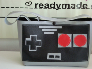I give you the Nintendo Controller Purse!