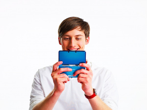 Are you as happy with your 3DS as this dude?
