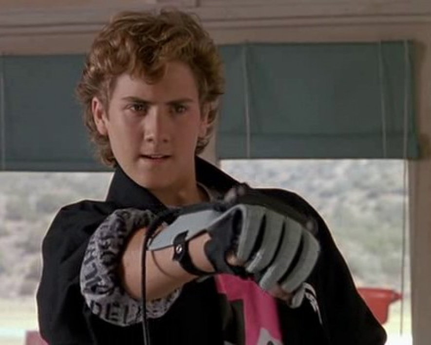 Power Glove in the face