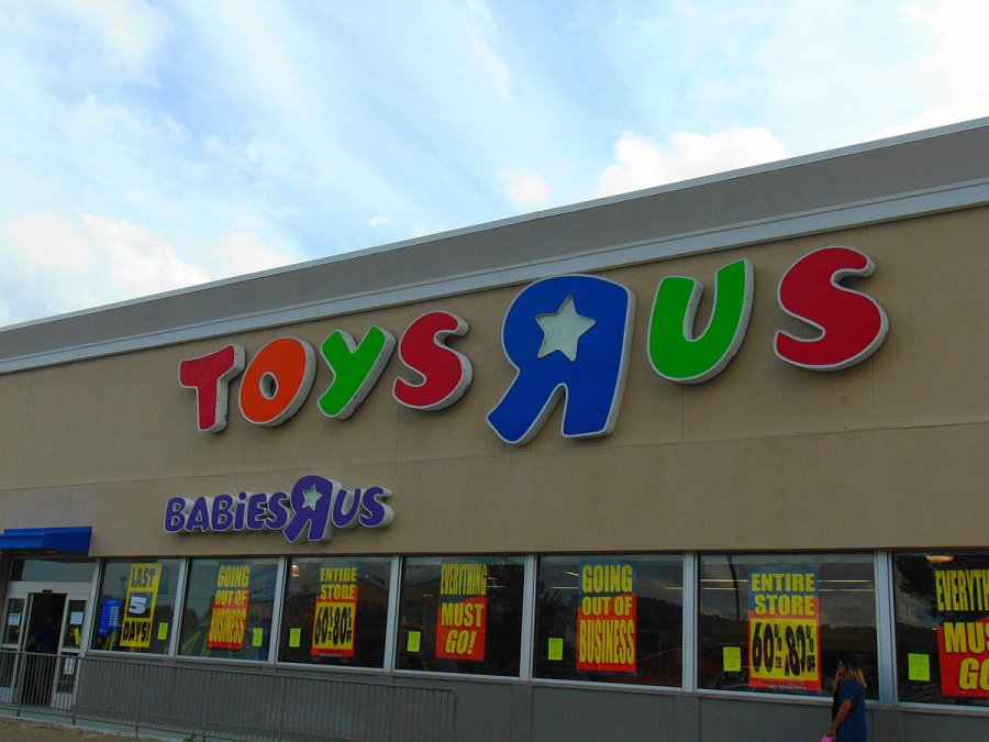 Toys R Us!