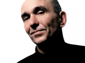 "Industry Veteran Peter Molyneux Warns The Indie Craze ""Won't Last"""