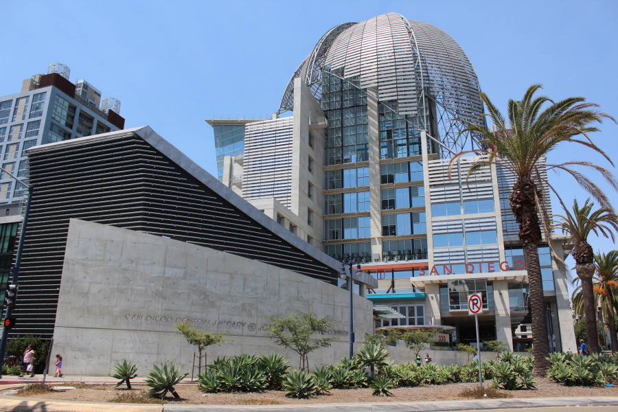 San Diego StreetPass meets atop the city's new public library
