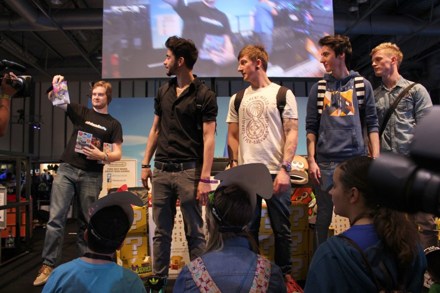 Quad Squad collecting their prizes from Alex
