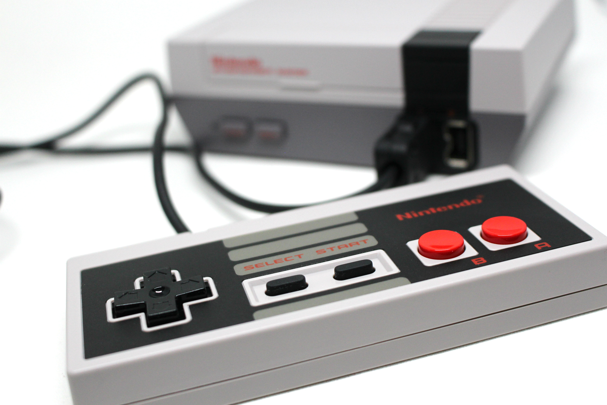 Hardware Review: NES Classic Mini: Nintendo Entertainment System