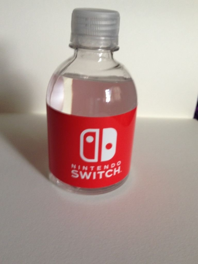 Random: A Free Water Bottle from the NYC Nintendo Switch ...
