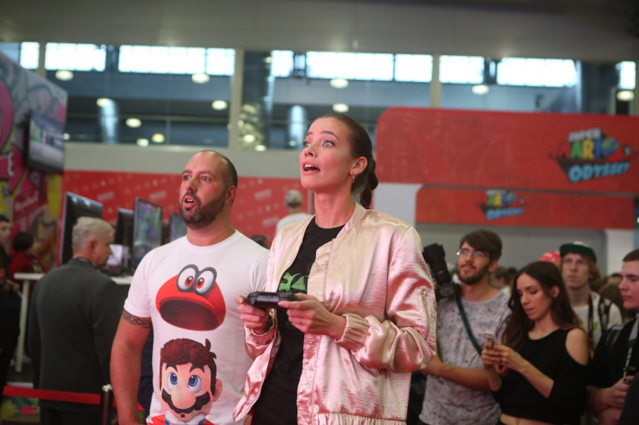 Nintendo had a big stand at Comic Con in Russia last year, with Stephanie Corneliussen of Mr Robot fame attending to play a spot of Super Mario Odyssey