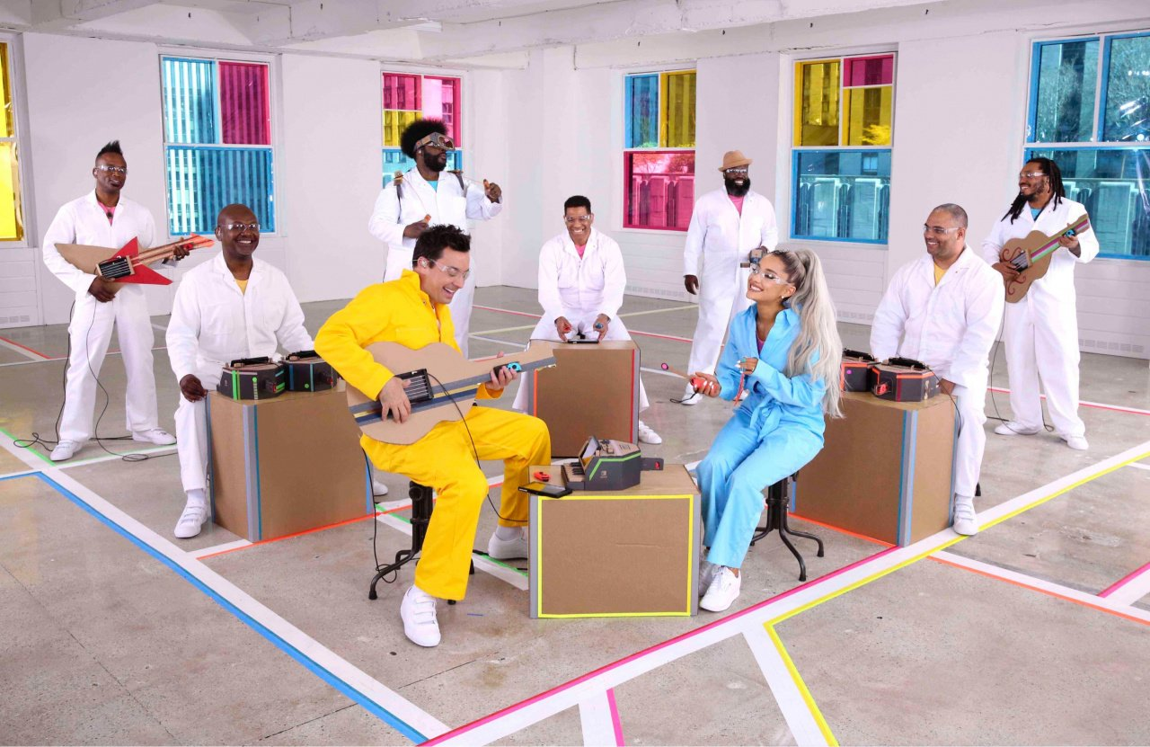 Ariana Grande performs new single with Jimmy Fallon's Nintendo Labo instruments