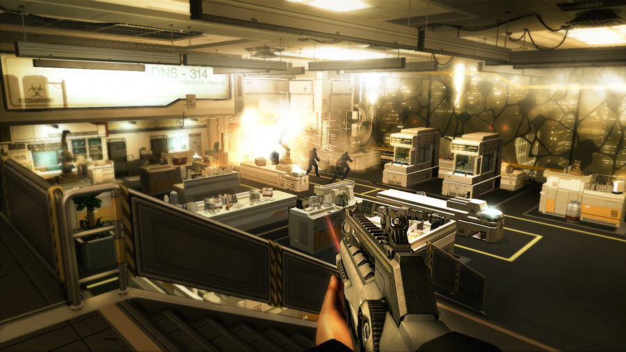 Deus Ex: Human Revolution Director's Cut Review - Screenshot 4 of 6